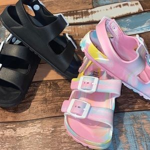 Toddlers Girls, Foam Strappy Sandals, US Size 10